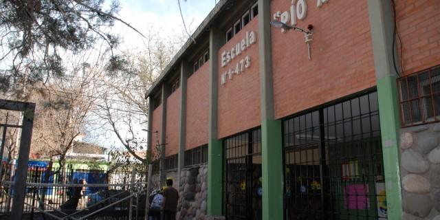 Infraestructura Social Básica comenzó a reparar la escuela Pío XII