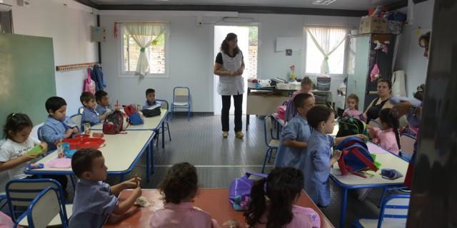 El gobierno escolar invierte $15 millones en aulas portantes