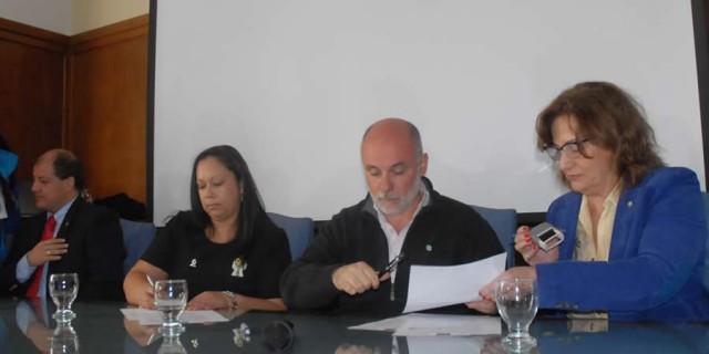 La DGE firmó un convenio para intercambio entre Argentina y Colombia de experiencias sobre bullying