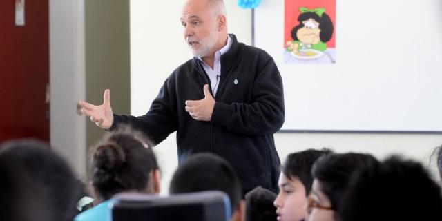 Jaime Correas: «Las mujeres son un pilar clave en la educación»