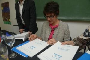 Mendoza 04-11-2016 Se realizó en el Tomas Godoy Cruz el encuentro de trabajo con la directora del Instituto de Formación Docente de Nación y directivos del IES 9-0002  En la foto de izquierda a derecha: Cecilia Veleda (Directora  INFD)