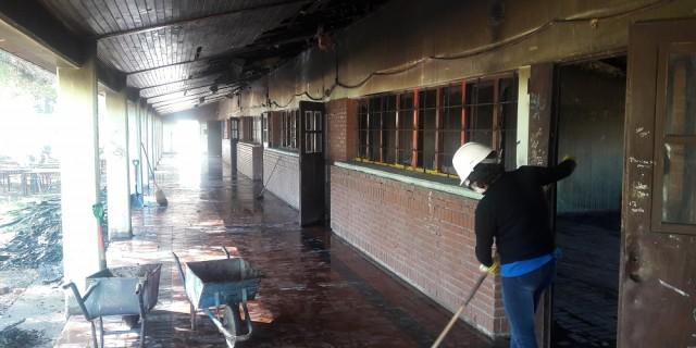 En junio comenzarán a reparar las aulas incendiadas de la escuela Pouget