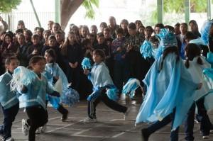 Mendoza, 07-07-17. El director general de Escuelas, Jaime Correas y la directora de Educación Primaria, Patricia Charamonte participaron del acto por los festejos del Día de la Independencia en la escuela 1-473 Pío XII.