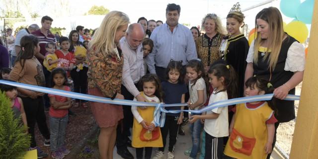 Se inauguró el edificio del jardín maternal Nº 373 Pico Picotero
