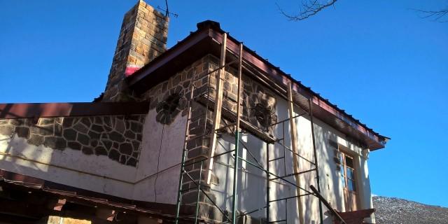 El arreglo del techo y baños de la Escuela Freire está a punto de concluirse