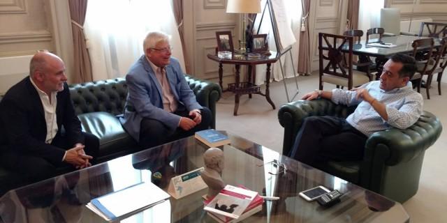 Correas participó de un encuentro con el Ministro Finocchiaro y el historiador Luis Alberto Romero