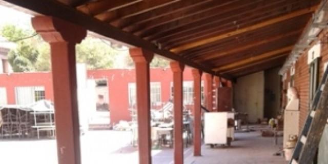 Está al 70% el recambio del techo de la escuela Carmen Ponce de Videla