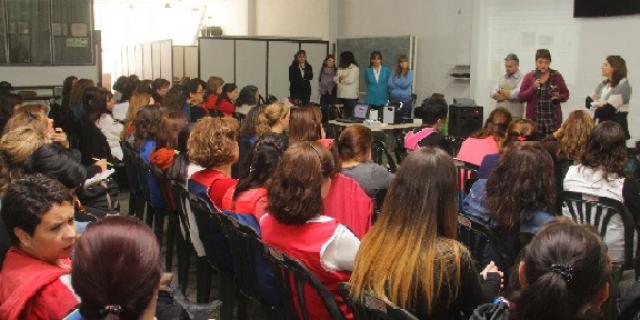 Miles de becas están disponibles para estudiantes mendocinos de Nivel Superior