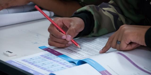 Los alumnos que adeuden materias del último año podrán rendir en sus escuelas de origen