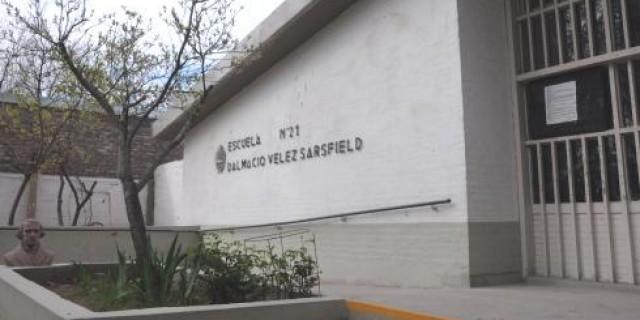 La Escuela Dalmacio Vélez Sarsfield tiene techo y sistema eléctrico renovado