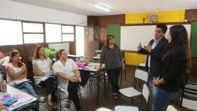 Mendoza, 14-02-19. El director de primaria de la DGE, Sergio Márquez y la Sra. Adriana Rubio, participaron de las Jornadas Institucionales de nivel inicial y primario.