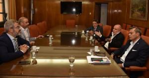Reunión entre funcionarios y el Director de la Organización Internacional del Trabajo_02