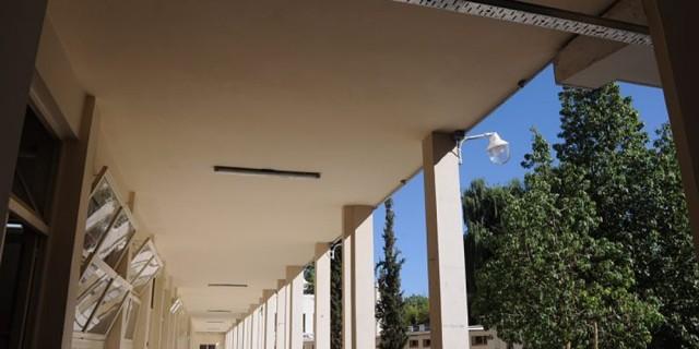 Continúa a paso firme la reparación del techo en la Escuela Juan José Paso