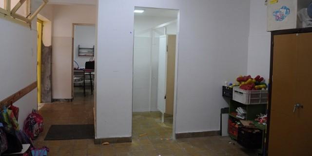 Los baños del jardín de infantes de la Escuela Paso están a punto de finalizarse
