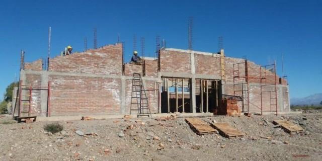 Continúan las obras en el edificio de la nueva Escuela Daniel Pierini
