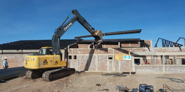 Continúa la construcción del nuevo edificio de la escuela Daniel Pierini