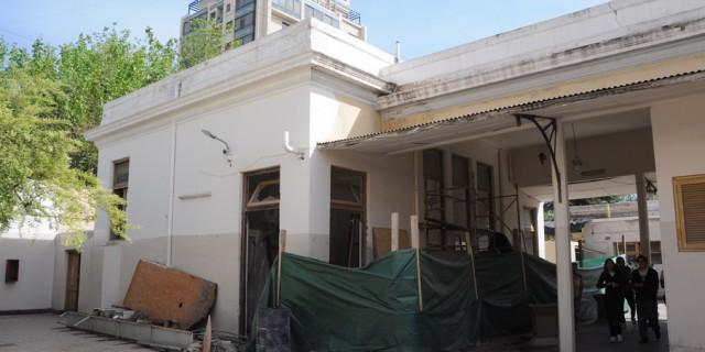 Está al 80% la reparación integral de varios espacios de la escuela Agustín Alvarez
