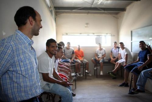 José Thomas visitó complejo penitenciario_Boulogne Sur Mer y San Felipe_11