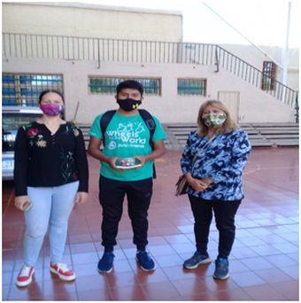 colegio Padre Llorens realizó su primera Feria Virtual del Libro (3)